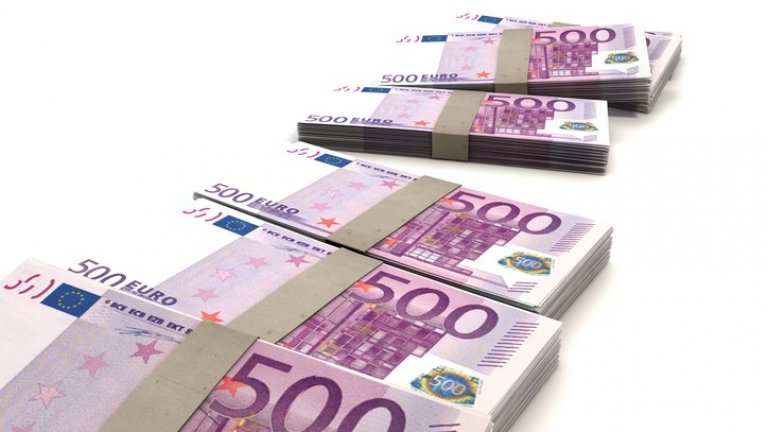 money-finance-bills-500-large