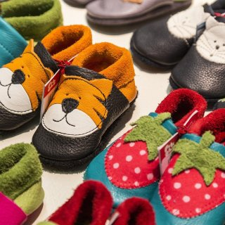 childrens-shoes-Pixabay