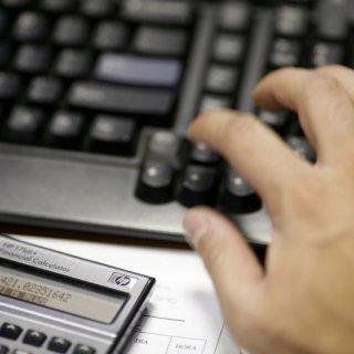 calculator-2-Reuters