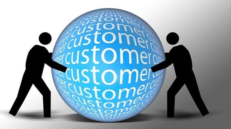 customer-Pixabay